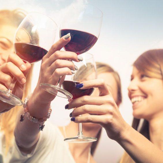 friends-drinking_nologo